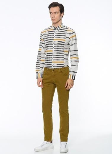 Desenli Slim Fit Gömlek-Que